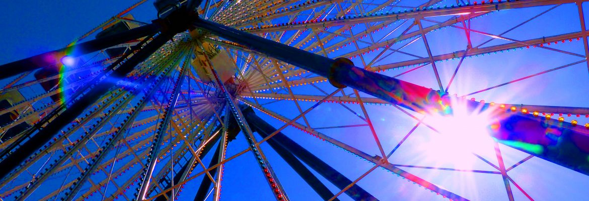 Ferris Wheel. Image Credit: turqoise field