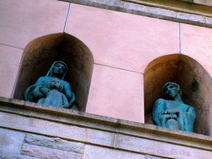 Statues. Above The Doorway of The Church. Who Is Depicted? Image Credit: Staten Islander