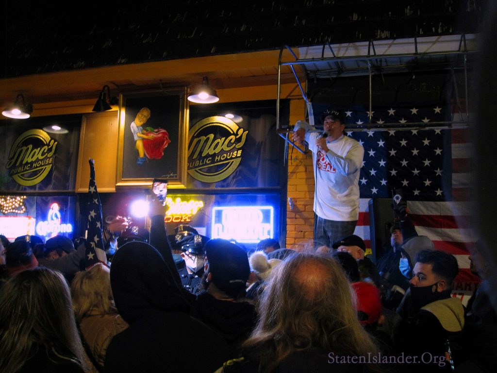 Mac's Public House In Grant City. Street Protest Dec 2, 2020